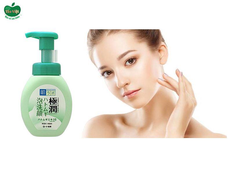Hada Labo Gokujyun Hatomugi Bubble Face Wash màu xanh lá