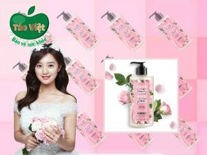 Sữa dưỡng thể Love Beauty & Planet Delicious Glow