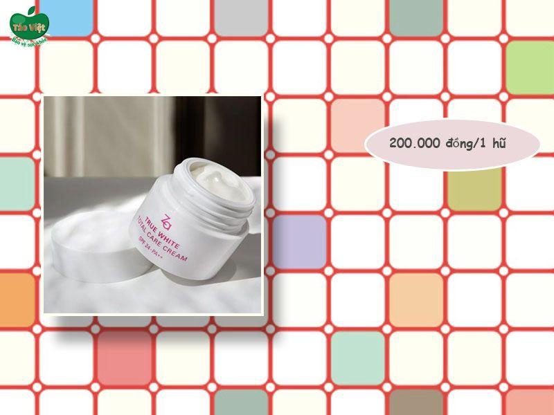 Giá của kem dưỡng trắng da Za True White Total Care Cream