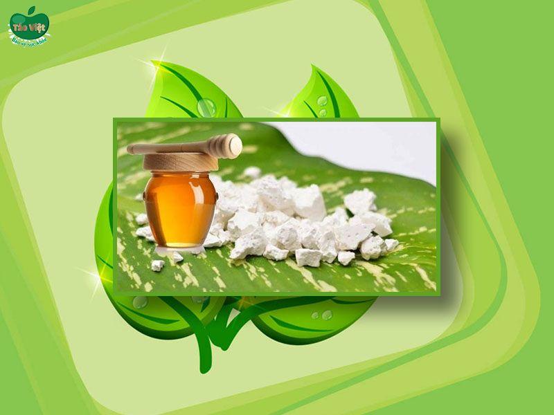 Kết hợp bột sắn dây và mật ong trị mụn