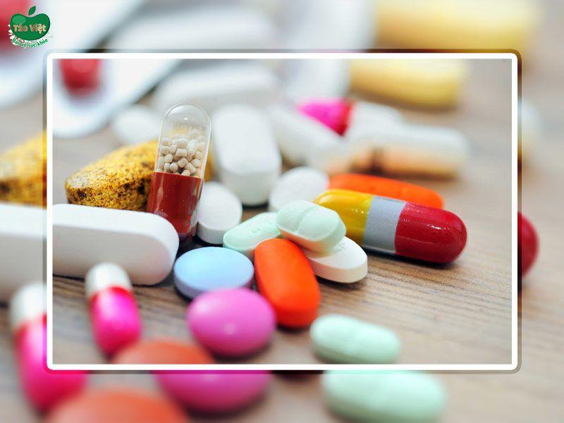 Sử dụng một số loại thuốc có thể gay ra tình trạng viêm da đầu
